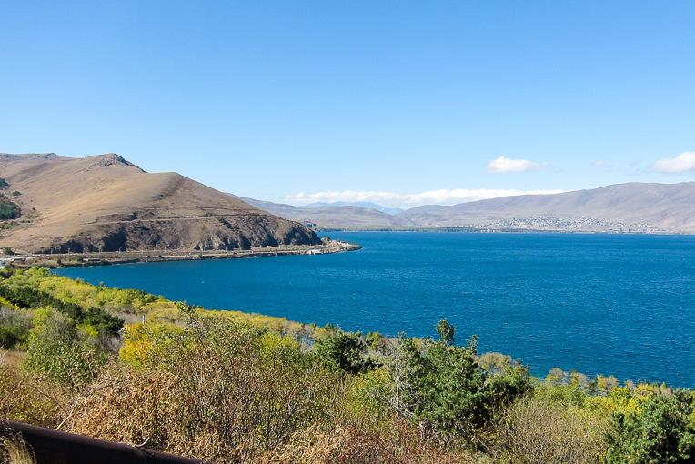 С 1999 года в Армении в последнее воскресенье августа отмечается День озера Севан